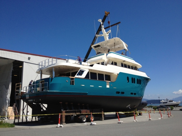 northern_marine_yacht_crane