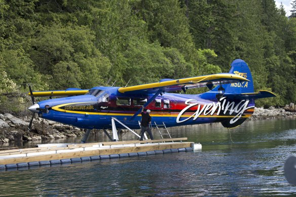 float plane at dent island lodge