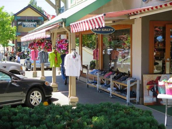 ganges sidewalk shopping