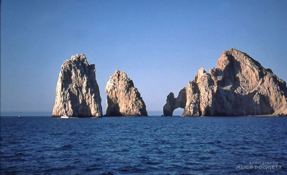 famous rocks at Cabo San Lucas