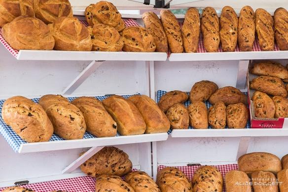 anacortes-market-bread