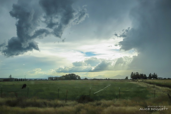 central-oregon-storm-clouds